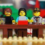 Steinerei-Jury als Mini-Figuren